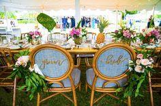 bride groom chairs