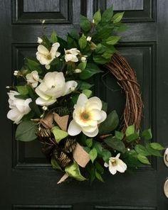 Southern Style Magnolia Wreath Deco Wreaths, Fall Wreaths, Christmas Wreaths, Diy Wreath, Grapevine Wreath, Wreath Crafts, Shell Wreath, Magnolia Wreath, Southern Style
