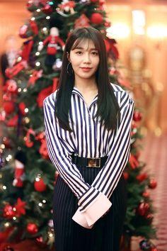 The Most Beautiful Girl, Beautiful Asian Girls, South Korean Girls, Korean Girl Groups, Eunji Apink, Pink Panda, Bias Kpop, Eun Ji, Crazy Girls