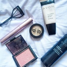 My Everyday Face - Make Up   http://ablondelifestyle.co.uk/beauty/my-everyday-face/