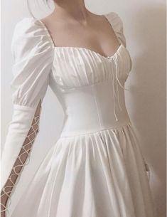Teen Fashion Outfits, Fashion Dresses, Pretty Dresses, Beautiful Dresses, Fairytale Dress, Fantasy Dress, Looks Chic, Looks Vintage, Cute Casual Outfits