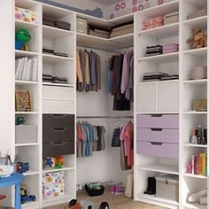 Placards : toutes nos astuces pour ranger malin Dressing Angle, Dressing Room, Interior Decorating, Interior Design, Walk In Closet, Ikea, Sweet Home, House Styles, Storage