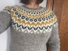 Ravelry: Project Gallery for Riddari pattern by Védís Jónsdóttir Hand Knitting, Knitting Patterns, Icelandic Sweaters, Paper Embroidery, Winter Sweaters, Pullover, Ravelry, Knit Crochet, Men Sweater