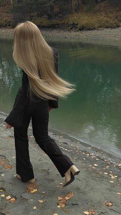 Hair Inspo, Hair Inspiration, Blonde Hair Looks, Aesthetic Hair, Aesthetic Clothes, Dream Hair, Pretty Hairstyles, Hair Goals, New Hair