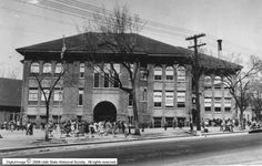 Lowell School on E Street between 2nd and 3rd Avenue during the 1950s. Courtesy Utah State Historical Society
