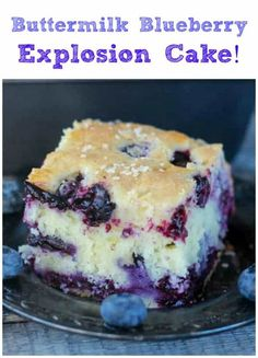 cake Buttermilk Blueberry Explosion Cake - Juicy, sweet & tangy blueberries exploding with tons of flavor in a light, fluffy, buttermilk cake. Perfect for snacking or breakfast! Blueberry Desserts, Mini Desserts, Just Desserts, Delicious Desserts, Yummy Food, Blueberry Cake, Desserts With Blueberries, Blueberry Buttermilk Breakfast Cake, Frozen Blueberry Recipes
