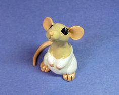 Scoodles the Dumbo Rat by DragonsAndBeasties on deviantART