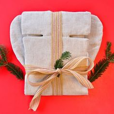 ‼️Last Chance to BUNDLE UP & SAVE for Holidays‼️Our WHOLESOME SALE ENDS TODAY ‼️Get this #frankenstein 😜 Organic Toddler Car Seat Liner + Organic Toddler Pillow for $100. It's a perfect GIFT 🎁for a #newmommy & any #toddler 👶 👉🏼 Link to SALE in bio 👉🏼#letsmakeitwholesome #wholesomelinen #carseatsafety #carseatcover #car seat #linen #flax #wholesome #toddlergift #babyshowergift #newbaby #newbabygift #holidaygifts #newmom #organicbaby #organic #instalove #babystuff #goodstuff…