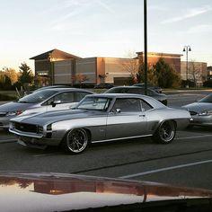 69 camaro pro touring concave wheels. spoiler silver black grey wheels
