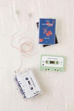 Lecteur de cassettes clair - Urban Outfitters