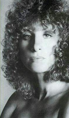 Barbra Streisand, Robert Redford, A Star Is Born, Iconic Women, Hello Gorgeous, Female Singers, Celebs, Celebrities, Hollywood Stars
