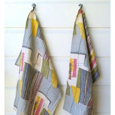 An absorbent teatowel sewn in a retro barkcloth fabric. As well as being a great addition to a home, teatowels are a universal gift - not always sexy, but always necessary and useful. $15.00