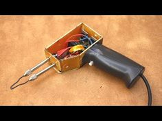 Momentary heating Soldering iron - YouTube Electronics Mini Projects, Hobby Electronics, Electronic Circuit Projects, Inverter Welder, Adaptador Usb, Diy Headphones, Diy Cooler, Subwoofer Box Design, Electronic Workbench