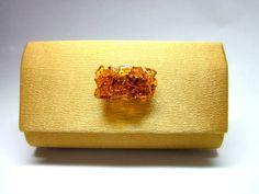 Carteira feminina / Clutch Cetim Dourada Fecho de Vidro com corrente dourada opcional  18cm R$ 55,00