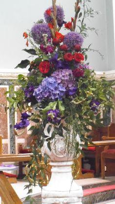 hydrangeas and roses pedestal