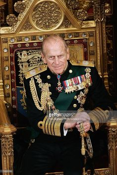 Prince Philip, Duke of Edinburgh looks on at the State Opening of Parliament held in the House of Lords on November 2006 in London, England. Get premium, high resolution news photos at Getty Images Elizabeth Philip, Princess Elizabeth, Queen Elizabeth Ii, Royal Uk, Royal Queen, Prinz Phillip, Royal Family Portrait, London England, Royals
