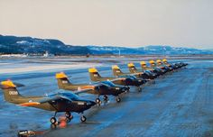 Here's Safari #806 in 1982, at a lineup in front of hangar 5 RNoAF Pilot School at Trondheim airport, Værnes. Myself in cockpit   (Photo: Royal Norwegian Air Force)