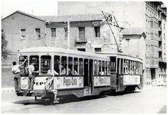 Tranvía línea 5 1967 | por GAZA - Gran Archivo Zaragoza Antigua Barcelona, Transportation, Tourism, Public, Street View, Piano, Portugal, Photographs, Trains