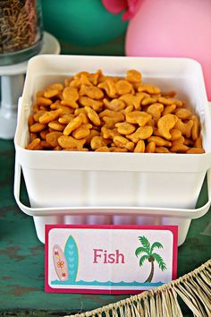 Hawaiian Luau Birthday Party Goldfish crackers from a Hawaiia. Aloha Party, Hawaii Birthday Party, Luau Theme Party, Hawaiian Luau Party, Hawaiian Birthday, 13th Birthday Parties, Birthday Party Themes, Hawaii Party Food, Summer Birthday