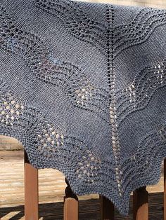 Free pattern -Old Shale Shawl This shawl is perfect for beginners to shawl knitting and also lace knitting too.