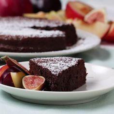 Torta de chocolate si harina con 2 ingredientes