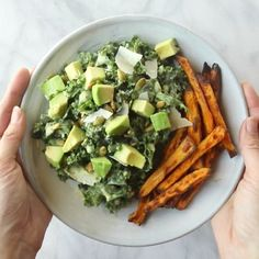 avocado, and crunchy seeds drenched in a quick creamy avocado caesar dressing and some crispy sweet potato fries.Kale, avocado, and crunchy seeds drenched in a quick creamy avocado caesar dressing and some crispy sweet potato fries. Healthy Salads, Healthy Eating, Healthy Recipes, Diet Recipes, Kale Salads, Kale Salad Recipes, Delicious Healthy Food, Salads For Lunch, Vegetarian Recipes Videos
