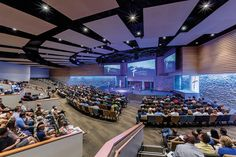 Religious Architecture Awards celebra as melhores obras religiosas de 2015,RockPointe Church/Oglesby Greene Architects. Image © Charles Davis Smith - AIA