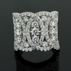 2.80ct VVS1 Round Diamond White Gold Interlocking Cocktail Ring #Diamantjewels #CocktailRing
