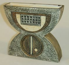 Troika anvil vase Vintage Pottery, Concept, Sculpture, Antiques, Collection, Art, Ceramic Vase, Flower Vases, Vintage Ceramic