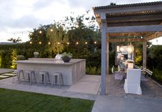 Claire Bock: Outdoor Dining Weather