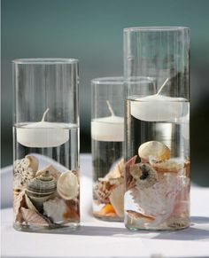 Seashell crafts ideas- hurricane vases with floating candles. Seashell crafts ideas- hurricane vases with floating candles. Seashell Crafts, Beach Crafts, Summer Crafts, Seashell Projects, Driftwood Projects, Diy Crafts, Yarn Crafts, Wood Crafts, Beach Wedding Centerpieces