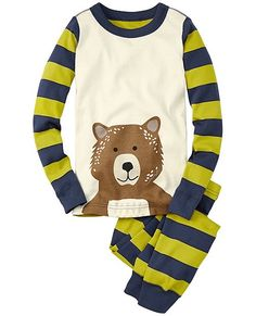 Hanna Andersson has a GREAT selection of long sleeved pajamas for your girl or boy this winter! These bear ones are awesome and look really comfy! Also come with a snowman, penguin, or owl. Sizes 18 month - 14