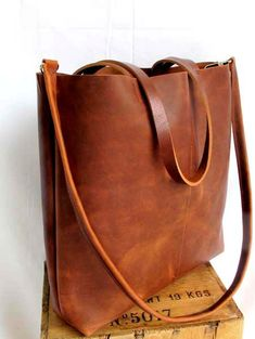 Distressed tan leather shopper bag