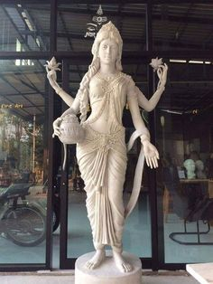 Lakshmi Statue, Krishna Statue, Stone Sculpture, Sculpture Art, Sculptures, Saraswati Goddess, Goddess Art, Hindu Statues, Ganesha Art