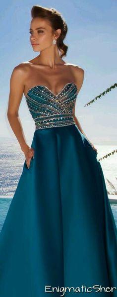 Hermoso color del vestido