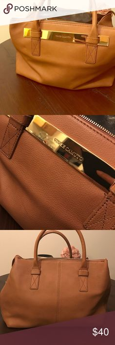 Vince Camuto Leather Handbag Vince Camuto Leather Handbag. Only flaw is the bottom broke at the end of the zipper part. Pictured above. Vince Camuto Bags Satchels