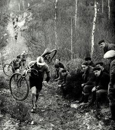 Ciclocross nos arredores de Paris, década de 30.