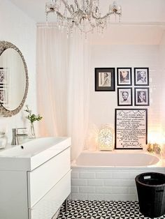 Welcome to our cottage style bathroom ideas photo gallery showcasing multiple cottage bathroom design ideas of all types. Cottage Bathroom Design Ideas, Cottage Style Bathrooms, Elegant Curtains, Bathroom Photos, Simple Bathroom, Dyi Bathroom, Bathroom Remodeling, Bathroom Storage, Bathroom Styling