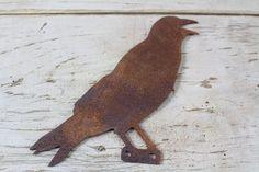 Mounted Rusty metal crow 1 #rustybird #crow #mounted #rustymetal #farmanimals #rustydecor