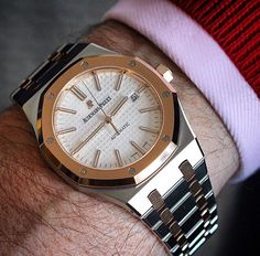 New Audemars Piguet Royal Oak 15400 Two Tone Ap Royal Oak, Audemars Piguet Royal Oak, Men's Collection, Luxury Watches, Chronograph, Watches For Men, Classic, Accessories, Jewelry