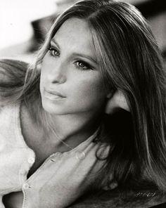 Barbra Streisand (Born: Barbara Joan Streisand - April 1942 - New York, US) Hottest Female Celebrities, Beautiful Celebrities, Beautiful People, Divas, Classic Hollywood, Old Hollywood, James Brolin, Robin Scherbatsky, Movies And Series