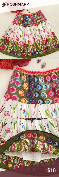Life Style Cotton Skirt Petite Small Life Style from India cotton circle skirt in vibrant floral and white! Elastic waist, two tiered, and self lined. Petite Small. I'm in love with this skirt!! Life Style Skirts Circle & Skater