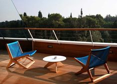 Element Folding Chair / 8 Small Balcony Furniture Pieces    http://vurni.com/outdoor-balcony-furniture/