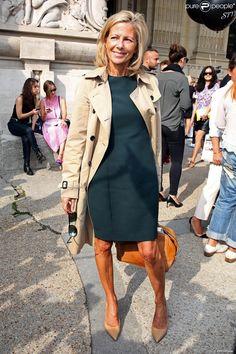 Claire Chazal arrive au Grand Palais pour assister au défilé Carven printemps-été 2014. Paris, le 26 septembre 2013.