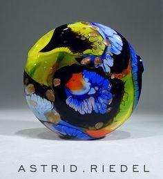 Astrid Riedel Glass Artist: Crazy Parrot!