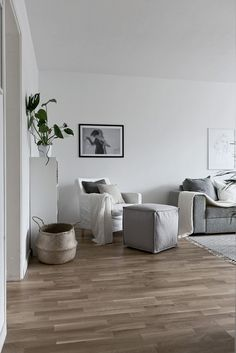 . Molngatan 16 - Bjurfors Uppsala, Own Home, Entryway Bench, My House, Accent Chairs, Interior, Furniture, Ideas, Home Decor