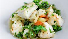 Saftig steinbitfilet woket med en symfoni av deilige grønnsaker og krydder. Bjørgens egen wok-favoritt!