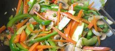Hurtigt vegetar stir fry | 炒杂菜 | chao za cai Stir Fry, Squash, Green Beans, Carrots, Fries, Vegetables, Food, Soy Sauce, Pumpkins