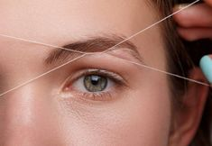 Want to learn eyebrow threading? With this step-by-step tutorial, you'll be a pro in no time and will be threading your eyebrows at home from here on out!