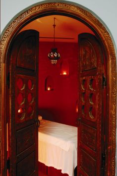 entrance to my dream massage room